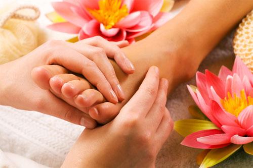 Как правильно делать массаж ступней?