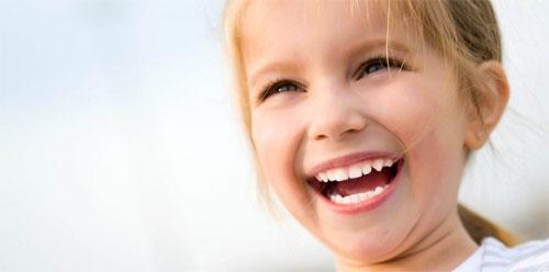 Детские зубы: правила ухода и особенности