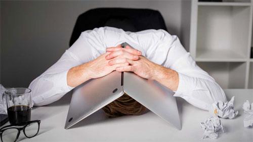 Стресс на работе: принимать или убегать?