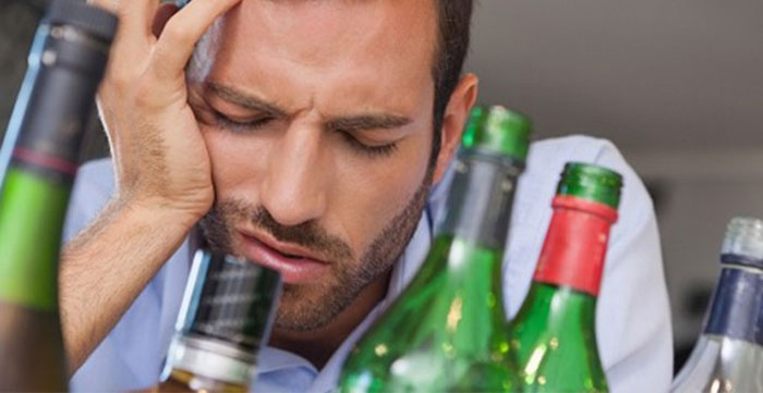 Как лечить пьющего человека?